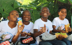 Children eating a healthy snack